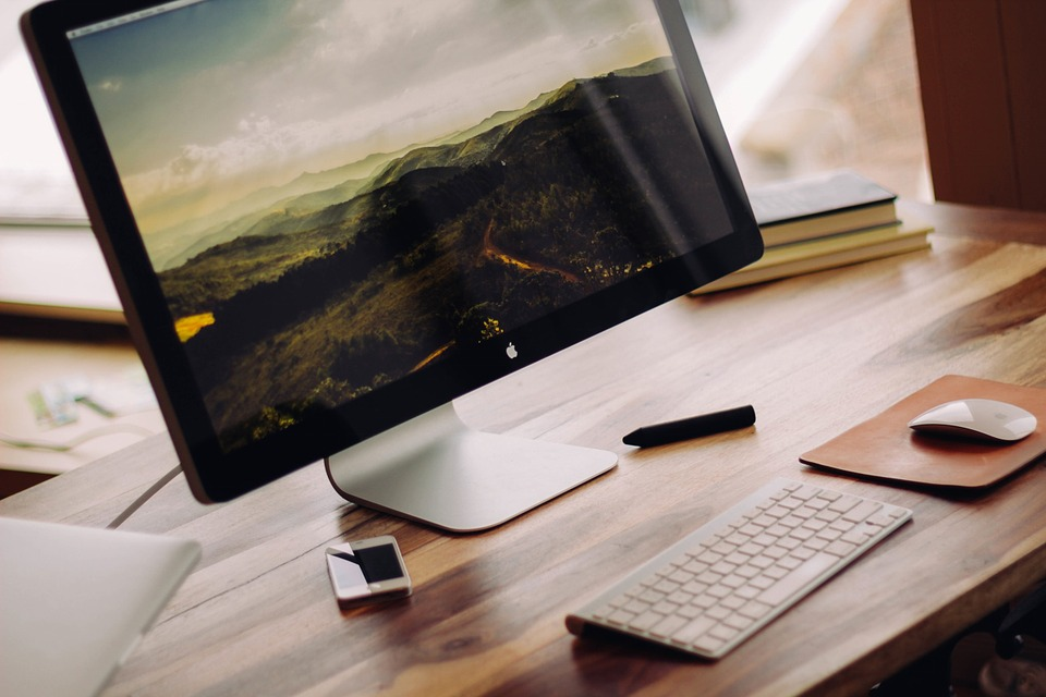 Desktop Virtualization for Small and Mid-Size Businesses